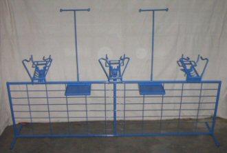 The Sheepman Lamb Marking Cradle Fence Type